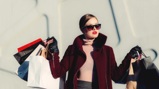 女性 サングラス ショッピング